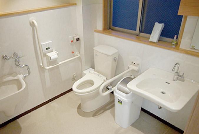 多機能トイレ(3F)写真